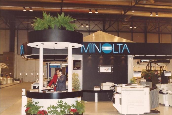 Stand de Minolta en SIMO